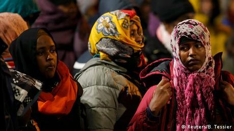 Paris Räumung von Flüchtlingslagern (Reuters/B. Tessier)