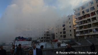 Εικόνες καταστροφής μετά την βομβιστική επίθεση στο Ντιγιαρμπακίρ