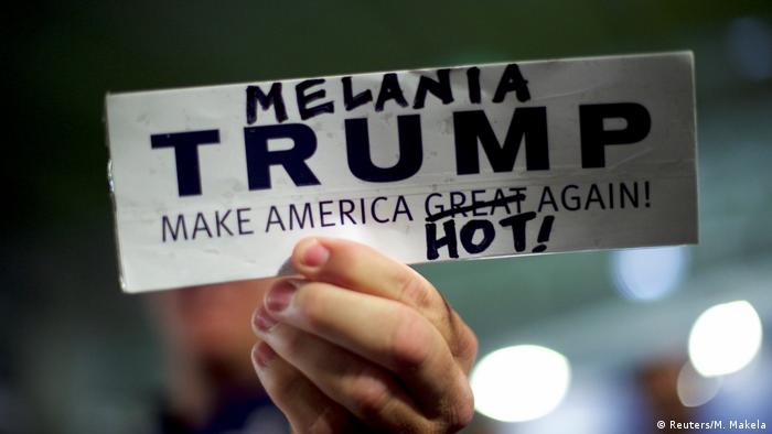 USA Poster / Transparente zu Präsidentschaftswahlen (Reuters/M. Makela)