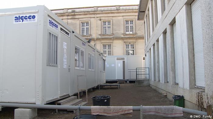 Frankreich Flüchtlingscamp Schloßpark Talence (DW/D. Pundy)
