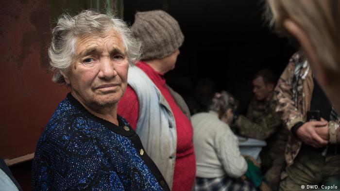 Жителі Жованки в очікуванні лікаря