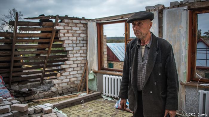 Іван Полянський, житель Жованки на Донеччині, через яку проходить лінія фронту