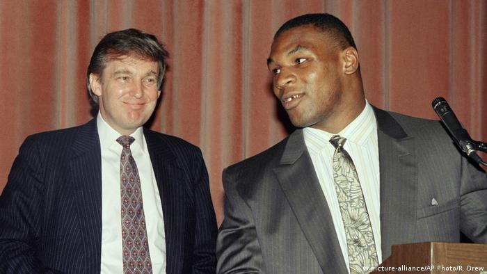 New York Donald Trump und Boxer Mike Tyson (picture-alliance/AP Photo/R. Drew)