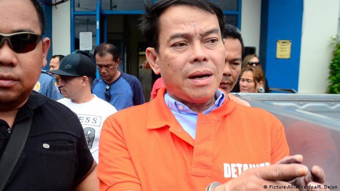 Filipino mayor on Duterte's narco-list killed in prison shootout