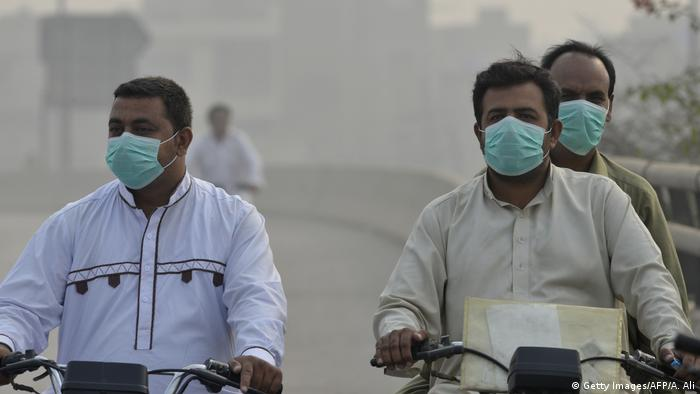 Pakistan Lahore Smog (Getty Images/AFP/A. Ali)
