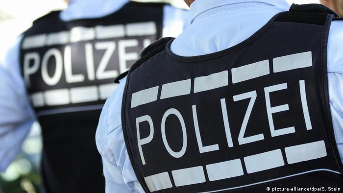 Police in Germany (picture-alliance/dpa/S. Stein)