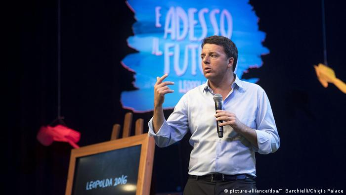 Italien Premierminister Matteo Renzi bei der Leopolda 7 'and now the future' (picture-alliance/dpa/T. Barchielli/Chigi's Palace)