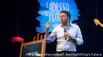 Matteo Renzi en el encuentro Leopolda 7 Y ahora el futuro.