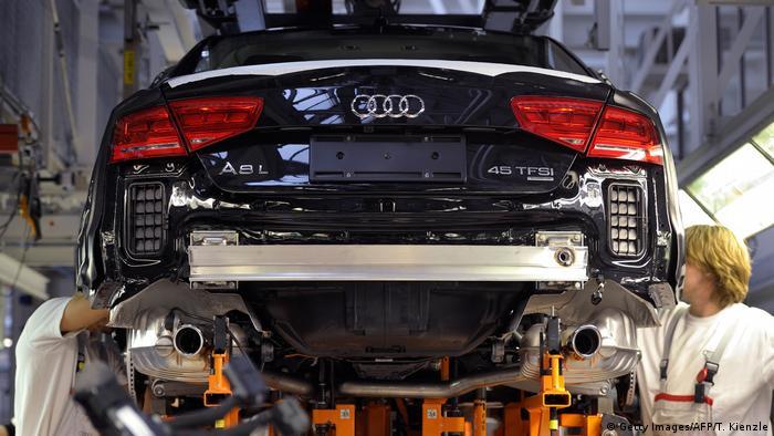 Produção de um carro da Audi em fábrica na cidade de Neckarsulm, no sudoeste da Alemanha