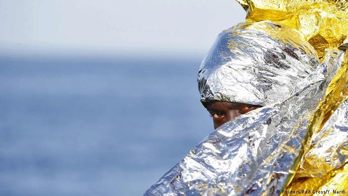 Mittelmeer gerettete Bootsflüchtlinge (Reuters/Red Cross/Y. Nardi)
