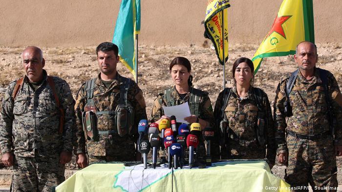 Syrien SDF PK Sturm auf Rakka (Getty Images/AFP/D. Souleiman)