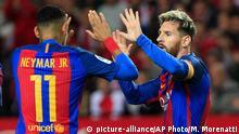 Fußball Spanien Sevilla v Barcelona Neymar und Messi