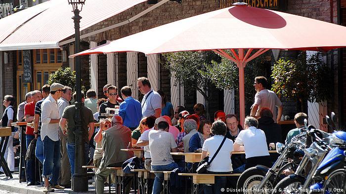 Old town center, Dusseldorf (Düsseldorf Marketing & Tourismus GmbH - U.Otte)