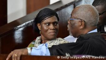 Condamnée par la justice ivoirienne à 20 ans de prison pour atteinte à la sureté de l'Etat, elle a bénéficie d'une amnistie en 2018.