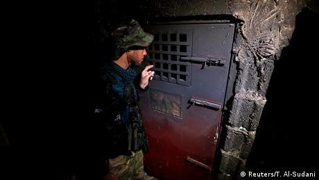 Irak Hammam al-Alil Rückerobertes IS-Gefängnis (Reuters/T. Al-Sudani)