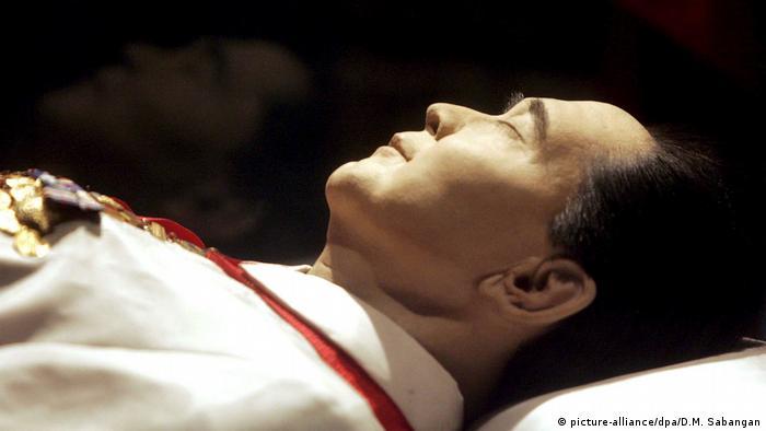 Philippinen Ferdinand Marcos (picture-alliance/dpa/D.M. Sabangan)