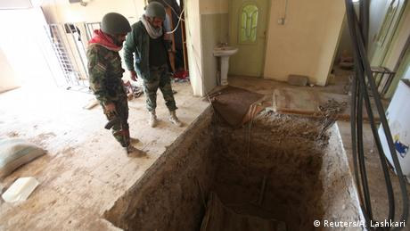 Irak Bashiqa Peschmerga Tunnelsystem IS (Reuters/A. Lashkari)