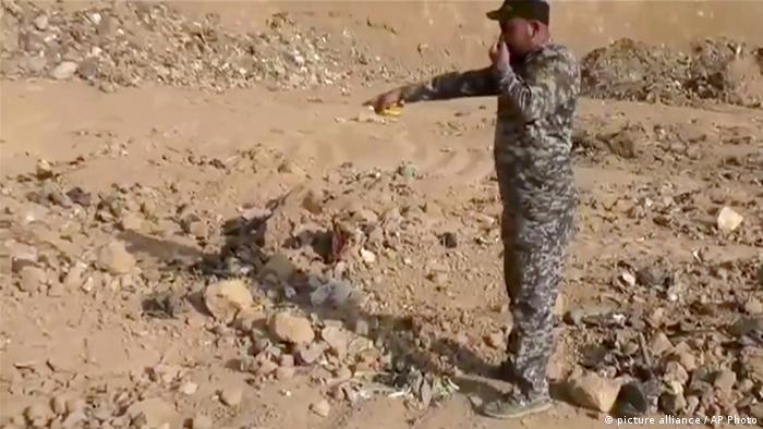 Irak Region Mossul Hamam al-Alil IS-Massengrab