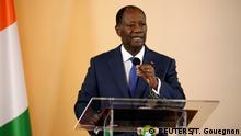 Elfenbeinküste | Präsident Alassane Ouattara spricht während der offiziellen Zeremonie der Verkündung der dritten Republik der Elfenbeinküste nach dem Referendum über eine neue Verfassung
