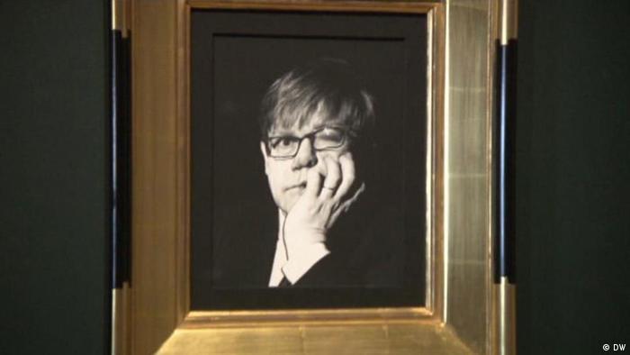 DW euromaxx 09.11.2016 - The Radical Eye: Elton John in der Tate Modern (DW)