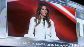 USAleveland Melania Trump, wife of Presumptive Republican Presidential Nominee Donald Trump, speaks at the 2016 Republican National Convention, The Quicken Loans Arena, Cleveland, Ohio, USA (picture-alliance/Photoshot)