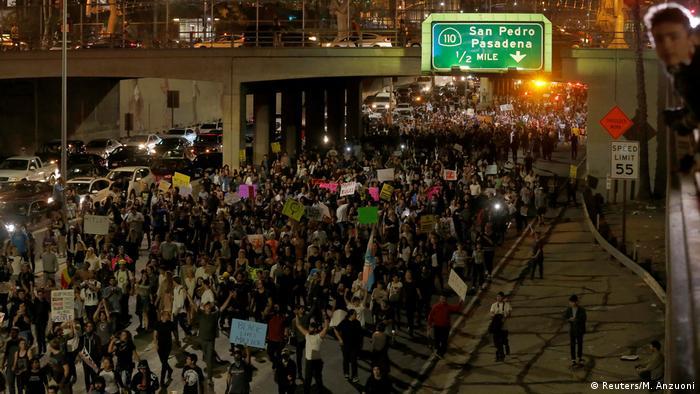 USA Demo gegen Trump Wahl in Los Angeles (Reuters/M. Anzuoni)