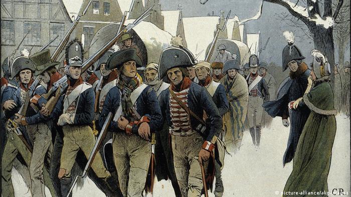 Прусские солдаты в Мемеле после поражения в 1807 году. Справа - Фридрих Вильгельм III и королева Луиза. Рисунок Карла Рёхлинга (1855-1920)
