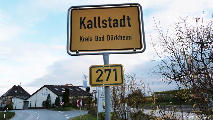Deutschland Kallstadt Ortsschild