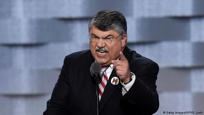 USA Wahlkampf Richard Trumka im Wells Fargo Center in Philadelphia (Getty Images/AFP/S. Loeb)