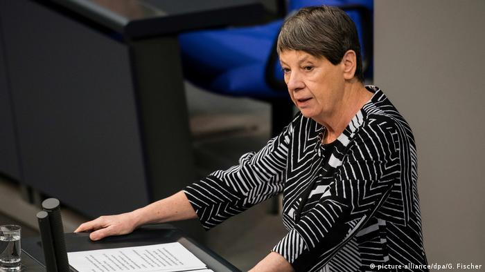 Bundestag Barbara Hendricks (picture-alliance/dpa/G. Fischer)