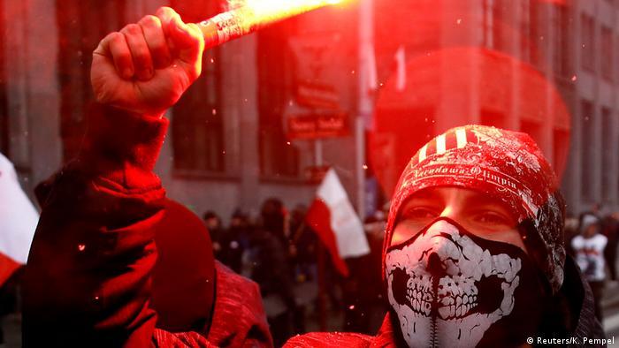 Polen   Tausende Nationalisten feiern den polnischen Unabhängigkeitstag in Warschau