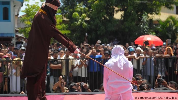 Indonesien - Scharia Polizei (Getty Images/AFP/C. Mahyuddin)