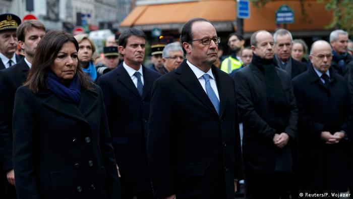 Paris Gedenken an IS Attentate am 13.11.2015 (Reuters/P. Wojazer)