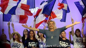 Populista Marine Le Pen ar putea deveni președinta Franței