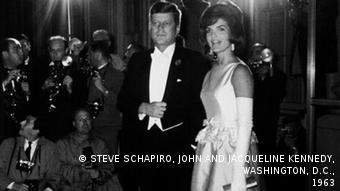 Deutschland The Campaign - Making of a President 1960 & 2016 in Berlin (STEVE SCHAPIRO, JOHN AND JACQUELINE KENNEDY, WASHINGTON, D.C., 1963 STEVE SCHAPIRO, JOHN AND JACQUELINE KENNEDY, WASHINGTON, D.C., 1963)