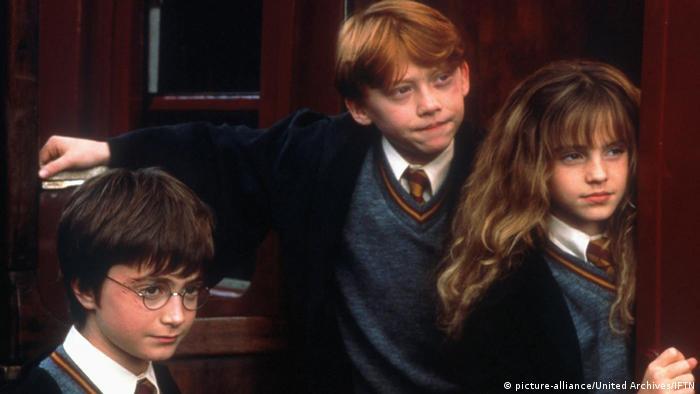 Harry Potter Firebolt Broom Prop Replicas Toys And Models Gifts And Gadgets Harry Potter Besen Bastelgeschenke Besen