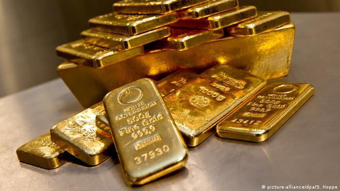 Symbolbild Gold als Geldanlage (picture-alliance/dpa/S. Hoppe)