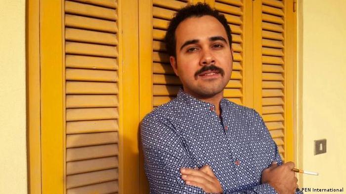 El autor egipcio Ahmed Naji.