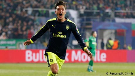UEFA Champions League PFC Ludogorets Razgrad vs. Arsenal - Mesut Özil (Reuters/P. Childs)
