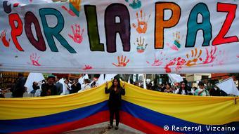 Kolumbien Bogota Aktion Pro Friedensabkommen FARC (Reuters/J. Vizcaino)