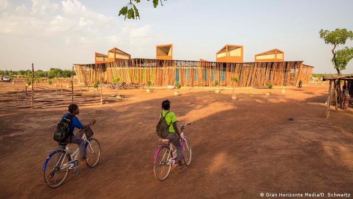 Lycée Schorge in Burkina Faso, designed by Francis Kéré (Gran Horizonte Media/D. Schwartz)