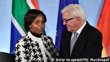 Deutschland Berlin Pressekonferenz Maite Nkoana-Mashabane und Frank-Walter Steinmeier