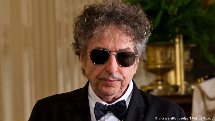 Bob Dylan (picture-alliance/dpa/EPA/J. Lo Scalzo)