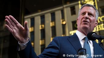 New York PK Bill de Blasio vor Trump Tower (Getty Images/D. Angerer)