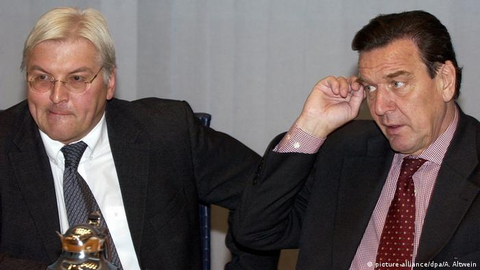 Frank-Walter Steinmeier und Gerhard Schröder