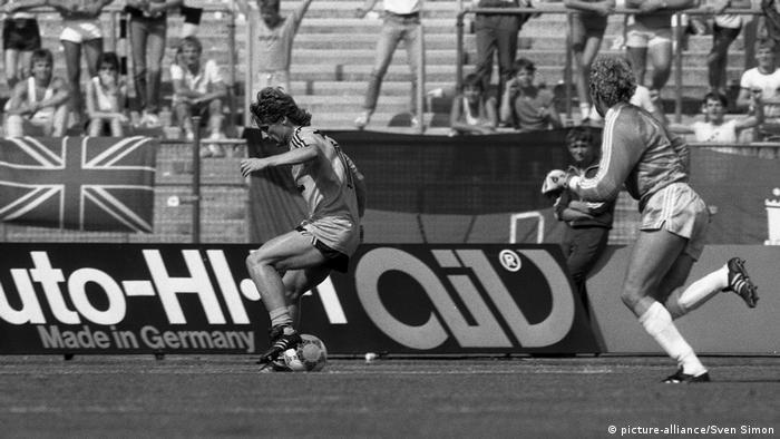 Fußball FC Bayern München - Borussia Dortmund Frank Mill (picture-alliance/Sven Simon)