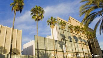 Los Angeles County Museum of Art (LACMA) außen (picture-alliance/Richard Cummi)