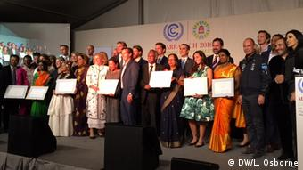 Winners from the Momentum for Change award ceremony at the COP22 (DW/L. Osborne)