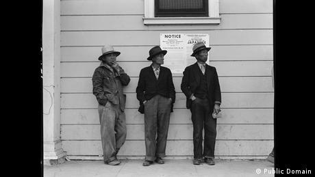 Zweiter Weltkrieg Internierung japanischstämmiger Amerikaner (Public Domain)