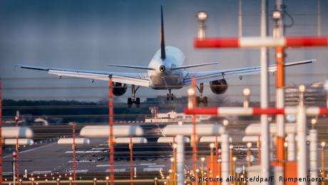 Deutschland Flughafen Frankfurt (picture alliance/dpa/F. Rumpenhorst)